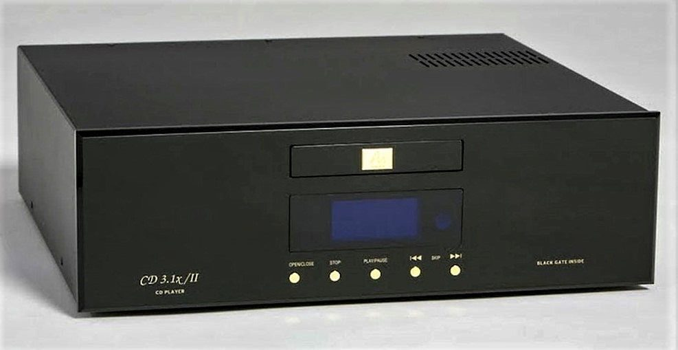 Front view Audio Note CD 3.1x/II CD player